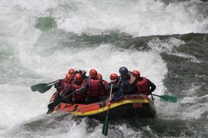 Teambildung mit Outddortraining: Beispiel Rafting